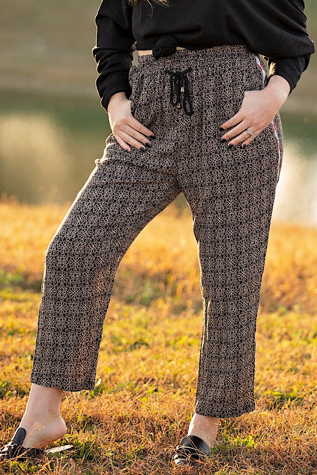 Black & Tan Tribal Printed Pants w/ Trim