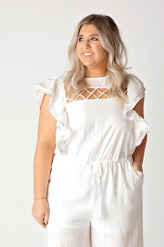 TCEC Jumpsuit Small White Ruffled Sleeve Lined Jumpsuit