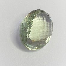 Load image into Gallery viewer, Oval Mint quartz 19.3mm * 14.5mm