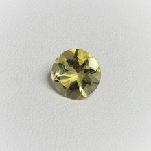 Load image into Gallery viewer, 9mm round  Lemon Quartz