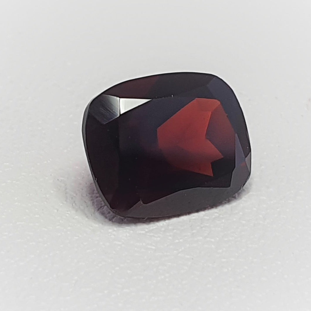 Cushion cut Garnet, 10mm by 8mm