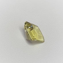 Load image into Gallery viewer, Square Emerld cut Yellow Quartz, 10mm square