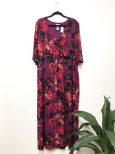 Load image into Gallery viewer, Catherines Maxi Dress (3X)