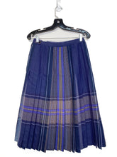 Load image into Gallery viewer, 70's Highland Queen Kilt (S/M)