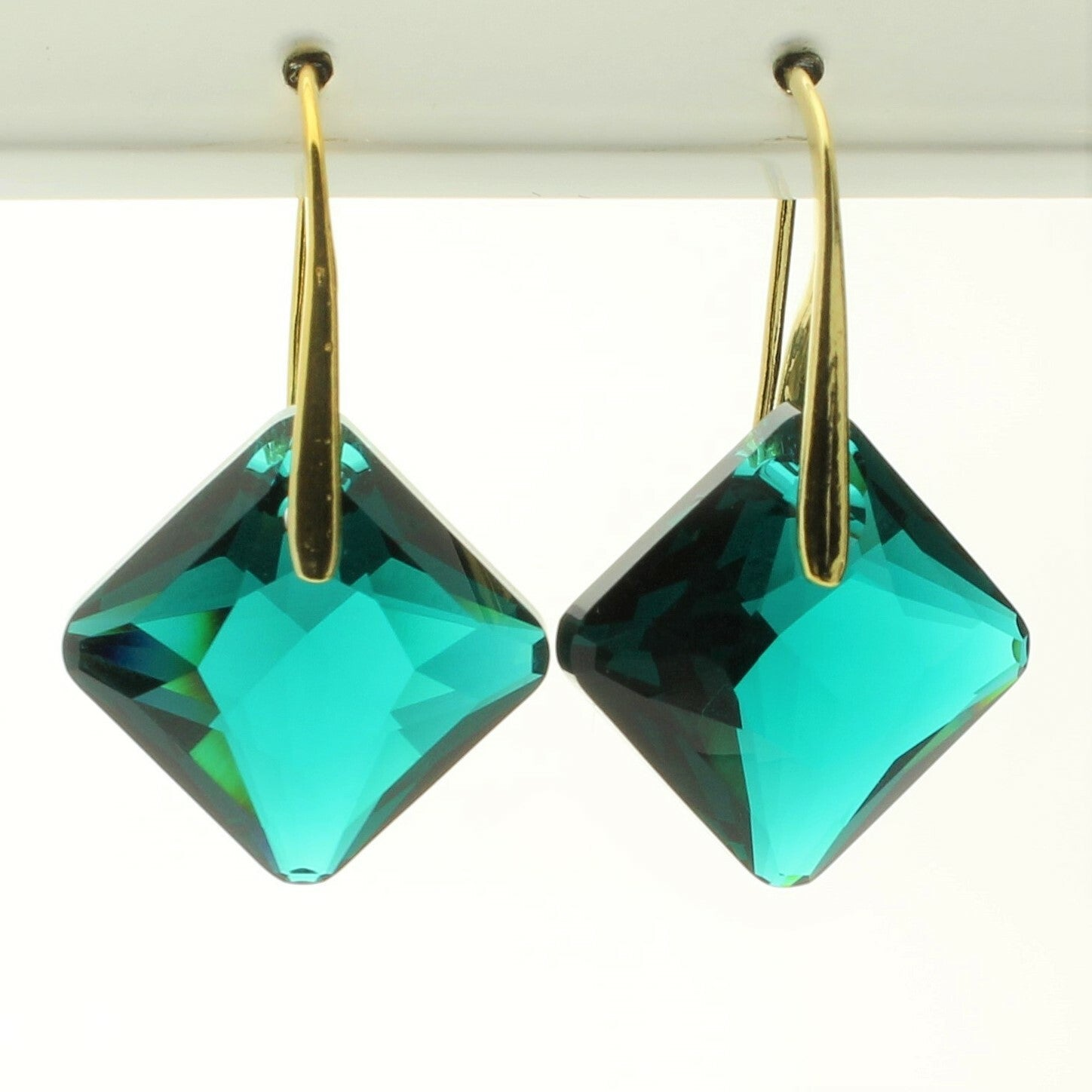 Emerald Princess Drop Earrings (Gold)