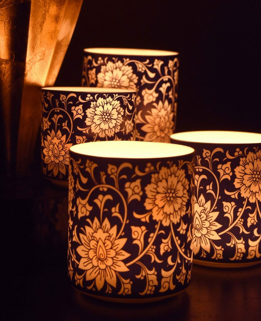 Jasmine & Wild Honeysuckle Floral Porcelain Candle