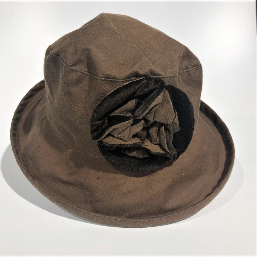 Waxed Cotton Hat 'Light Brown'