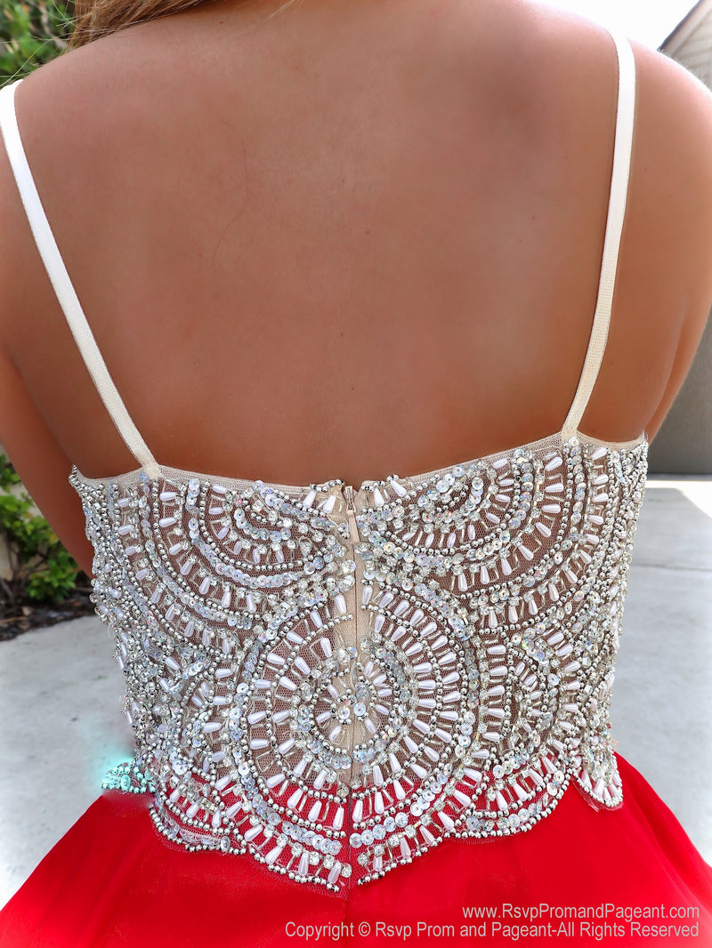 Back of bodice f Red Sweetheart Neckline Beaded Short Dress at Rsvp Prom and Pageant, the best prom dress store, Atlanta, GA also known as promheaven