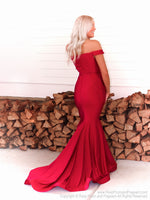 Back of Model in this stunning and elegant dress featuring a sweetheart neckline and off the shoulder straps! And it's at Rsvp Prom and Pageant, your source for the HOTTEST Prom and Pageant Dresses and Exclusive Evening Gowns and located in Atlanta, Georgia!