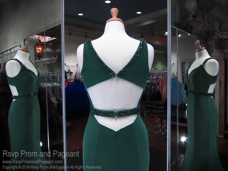 Emerald V-Neck Low Back Form Fitting Prom Dress 118CLAR034920 / Rsvp Prom and Pageant / Best Prom Store in Atlanta / #Promheaven
