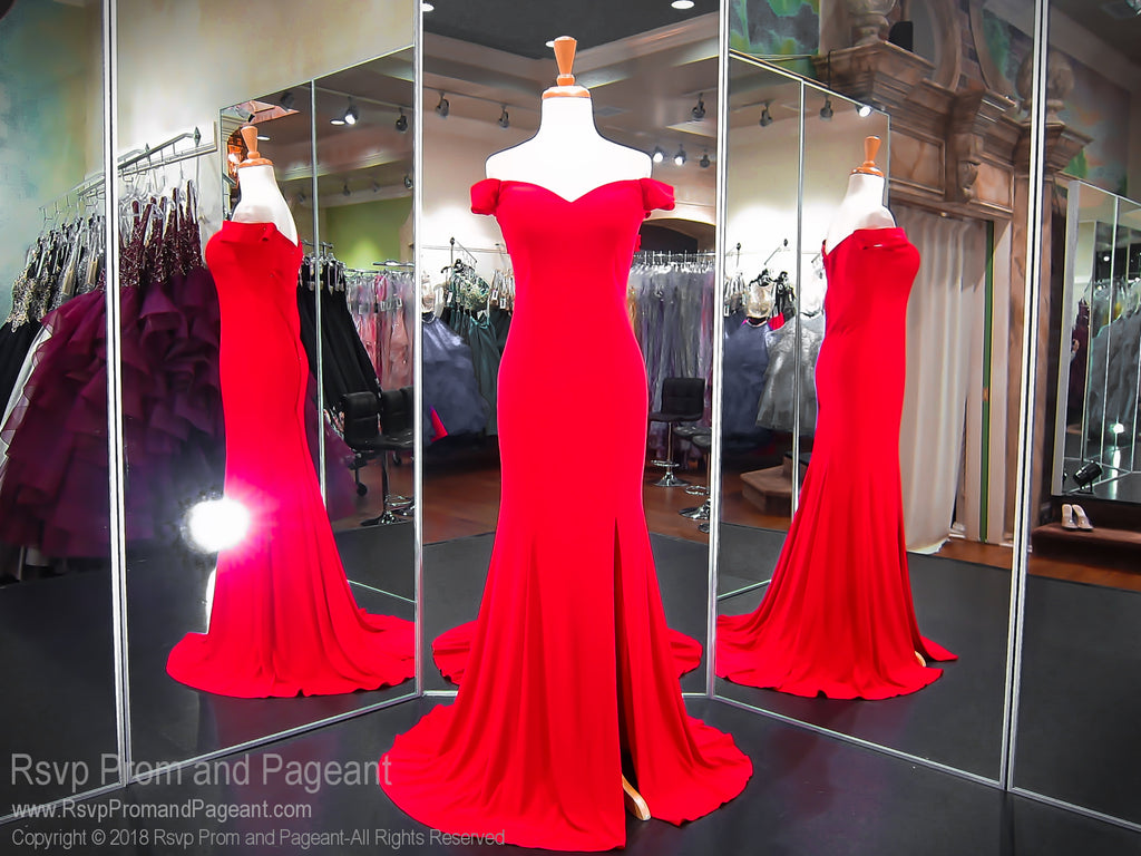 Red Sweetheart Neckline With A Side Slit Prom Dress / Rsvp Prom and ...
