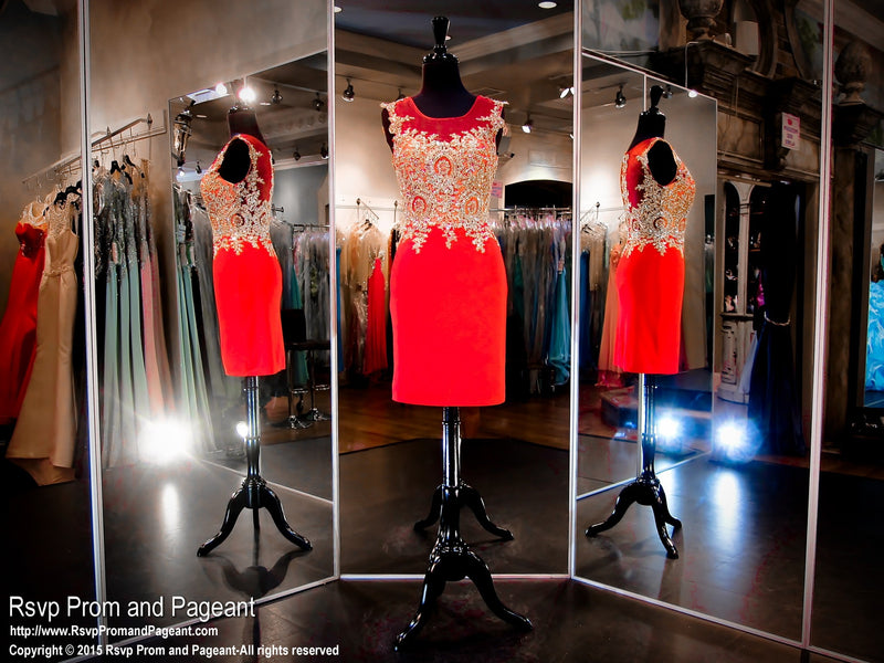 Red Fitted Short Cocktail Dress / Rsvp Prom and Pageant, Atlanta, GA / Best Prom Store in Atlanta / #Promheaven