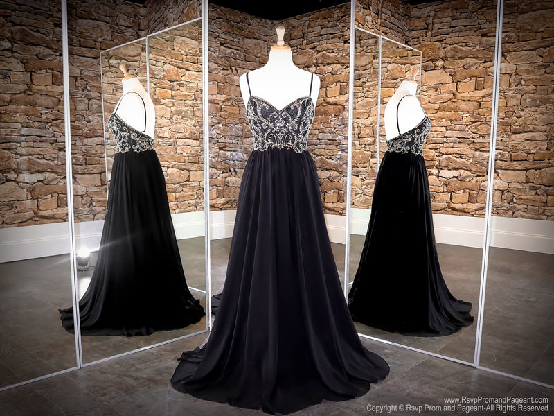 Black/Gold Sweetheart Neckline Open Back Prom Dress at Rsvp Prom and Pageant, the largest Atlanta Prom Dress Store alson known as promheaven