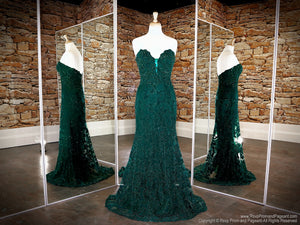 Front of Emerald Sweetheart Neckline Strapless Prom Dress at Rsvp Prom and Pageant, the largest Atlanta Prom Dress store also known as promheaven