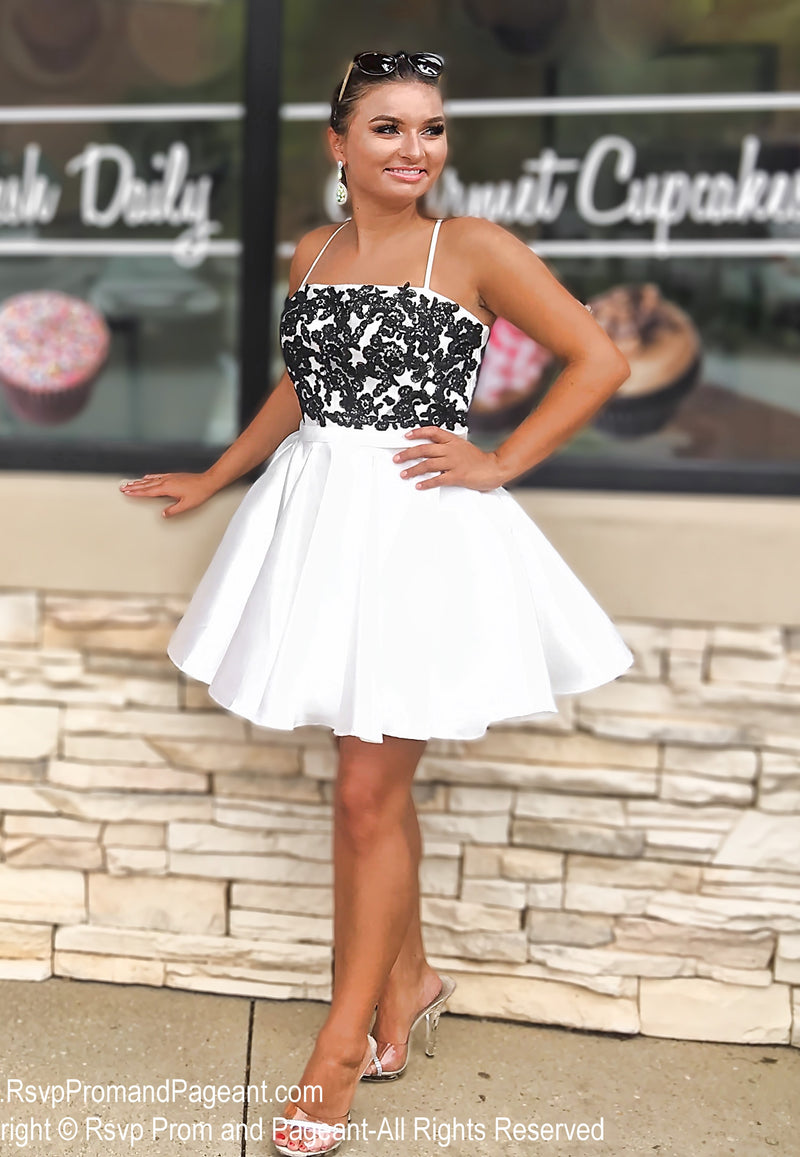 Black/White Lace Top Short Homecoming Dress / Rsvp Prom and Pageant / Atlanta Prom Store / Best Homecoming Dresses / Promheaven
