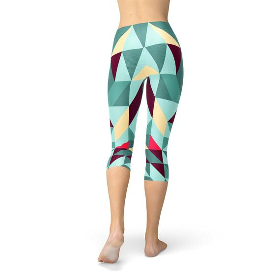 Womens Geometric Triangles Capri Leggings