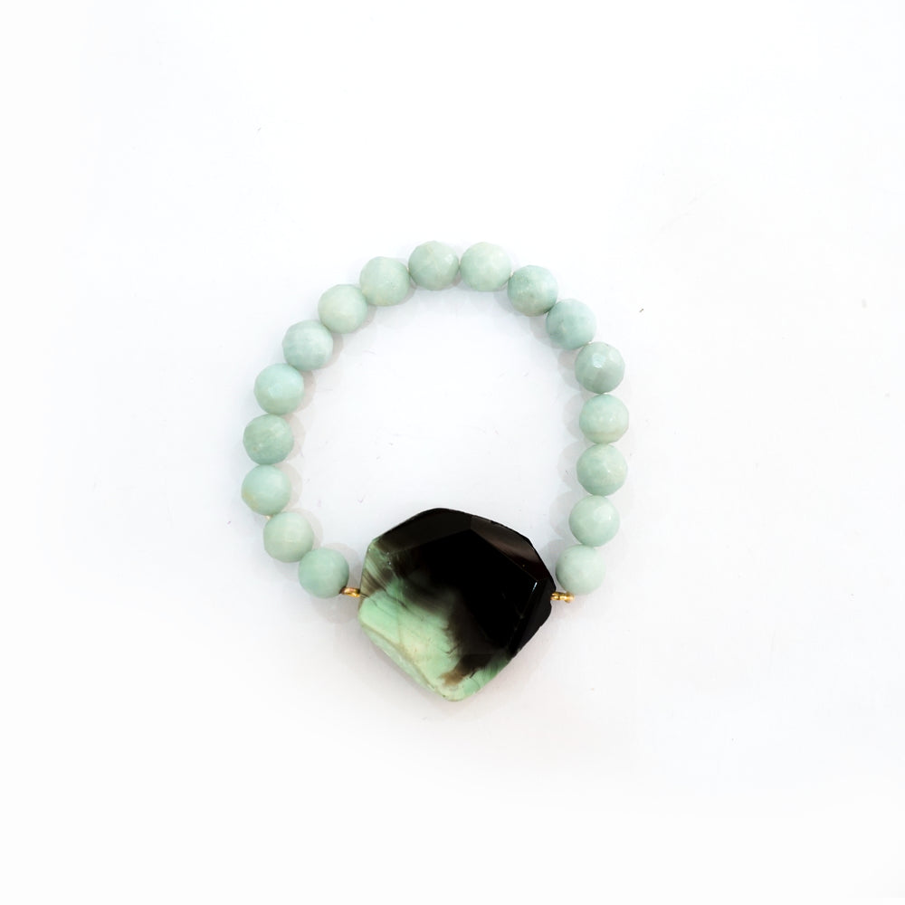 Agate Beaded Bracelet in Green -  Handcrafted by Vietnamese Artisans