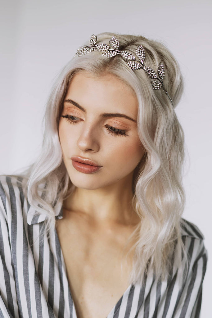 fashion headpiece in silver