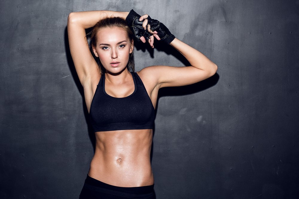 fit woman abs exercises