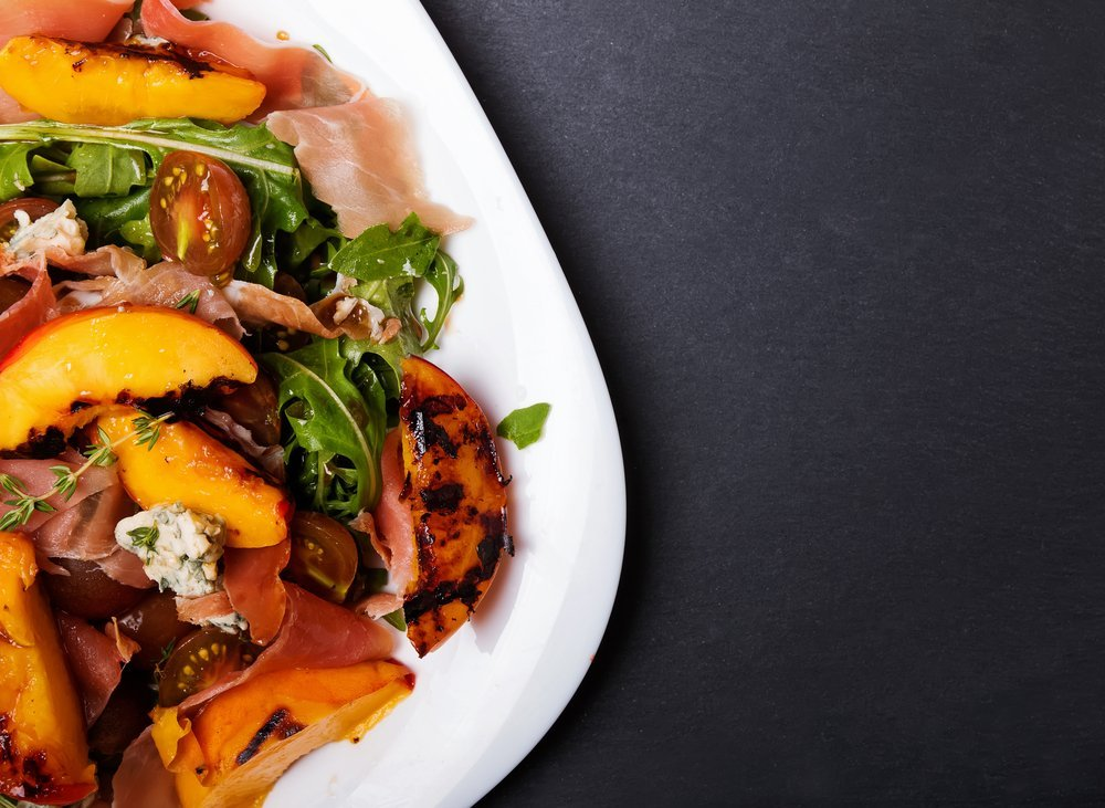 no cook peach and proscuitto salad