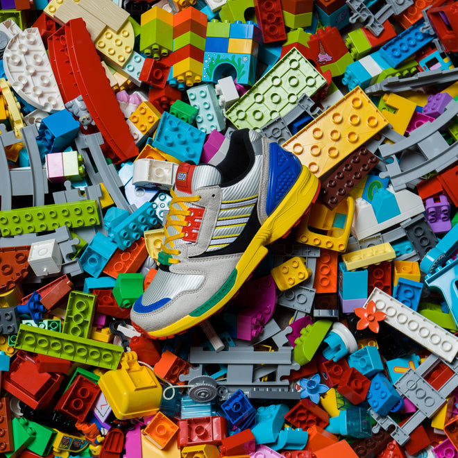 articles/adidas-originals-a-zx-lego-zx-8000-10.jpg