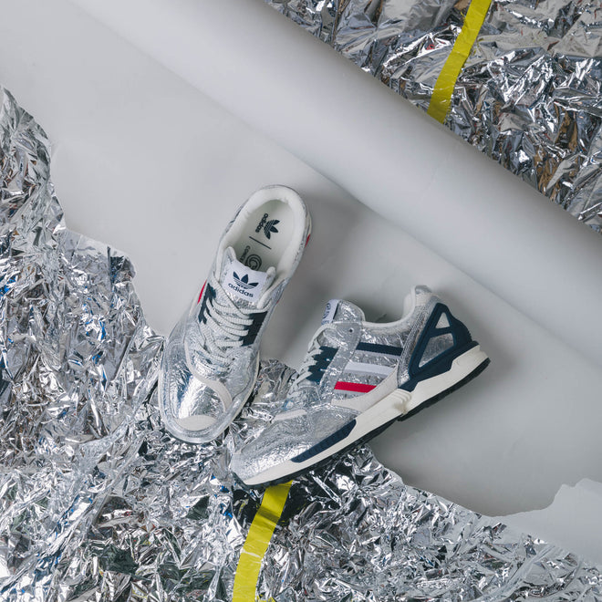 articles/adidas_originals_zx_9000_concepts_silver_metallic_scarlet_studio-98.jpg