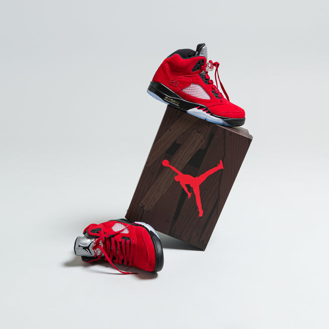 articles/nike-air-jordan-5-raging-bull-89.jpg