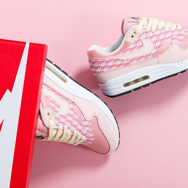 articles/nike-air-max-1-pink-lemonade-atmosphere-atmosphere-true-white-75.jpg