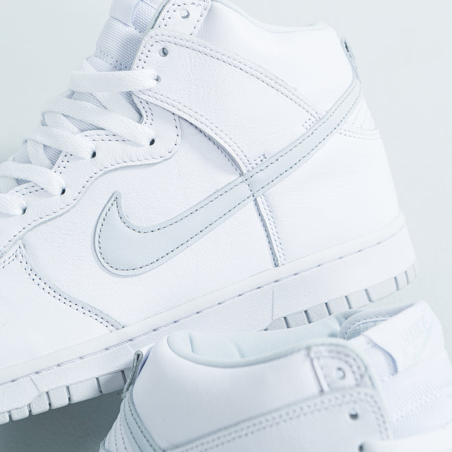 articles/nike-dunk-hi-sp-white-pure-platinum-34.jpg