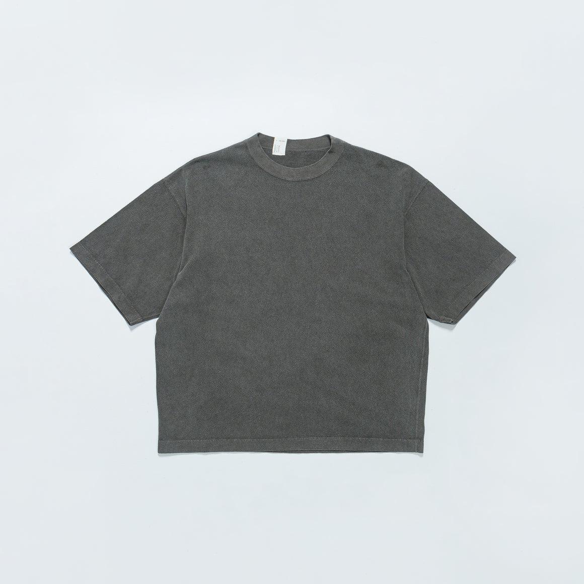 N. Hoolywood - T-Shirt - Washed Charcoal - Up There