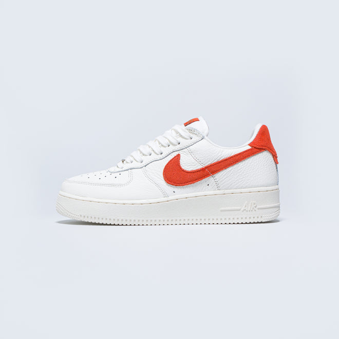 Nike - Air Force 1 '07 Craft - Sail/Mantra Orange-Forest - Up There