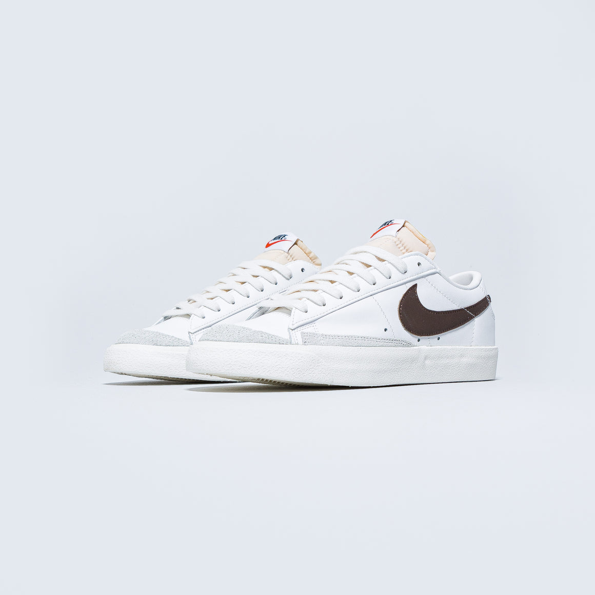 Nike - Blazer Low '77 VNTG - Summit White/Chocolate - Up There