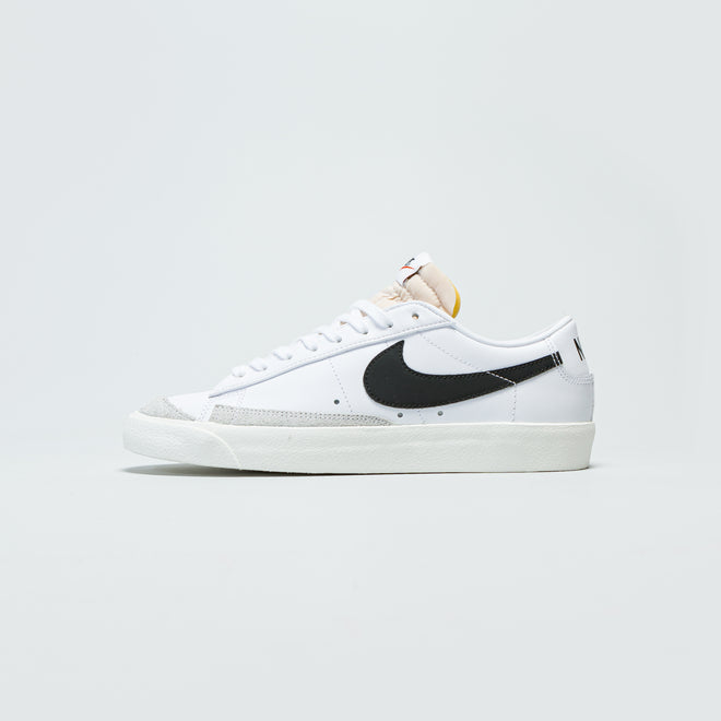 Nike - Blazer Low '77 Vintage - White/Black-Sail - Up There
