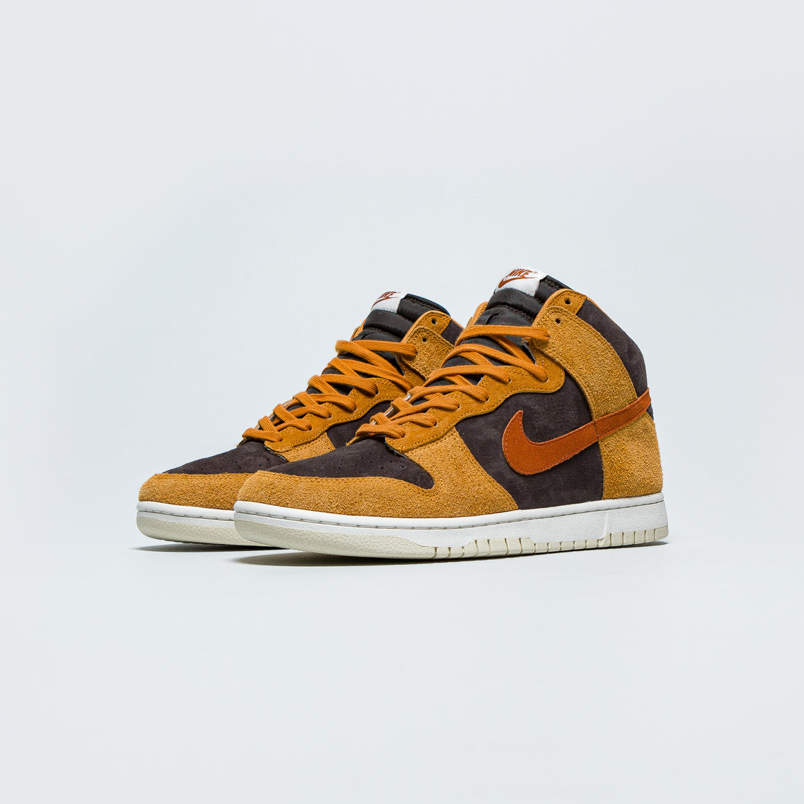 Nike - Dunk Hi Retro PRM - 'Dark Russet' - Up There