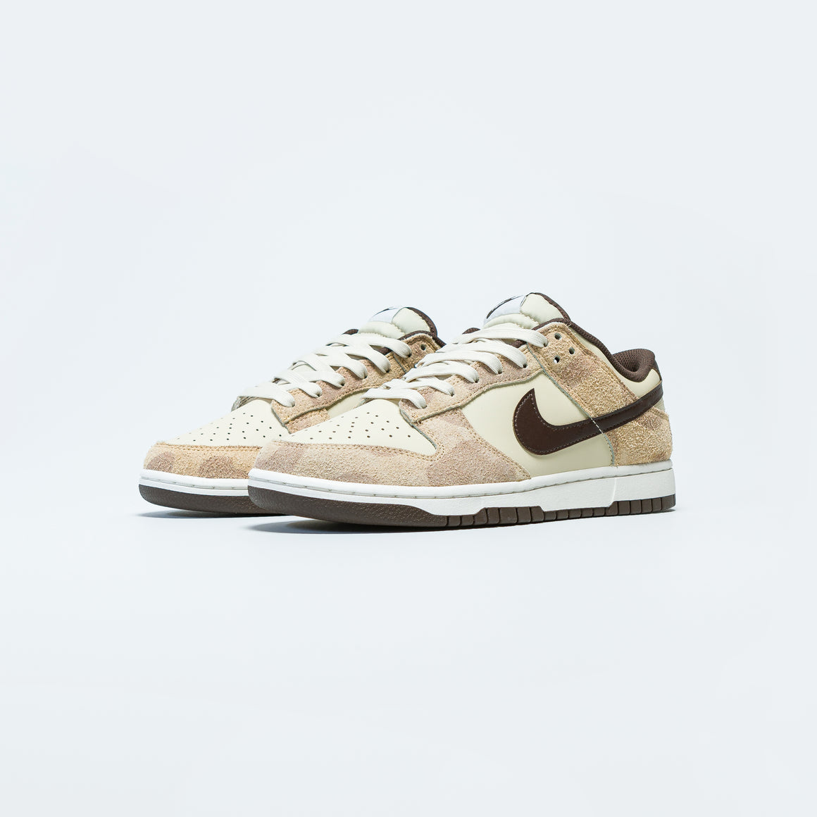 Nike - Dunk Low Retro PRM - Beach/Baroque Brown-Canvas-Sail - Up There