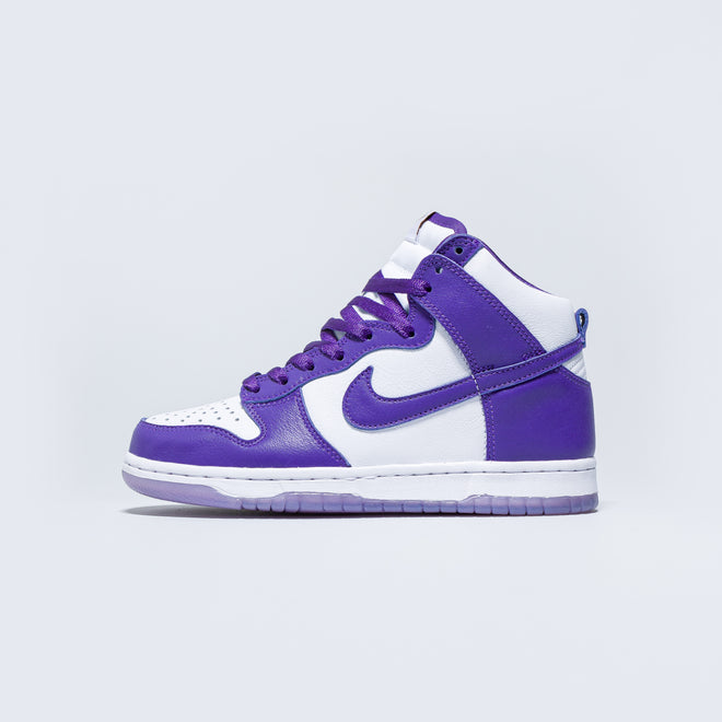 Nike - Womens Dunk Hi SP - White/Varsity Purple - Up There