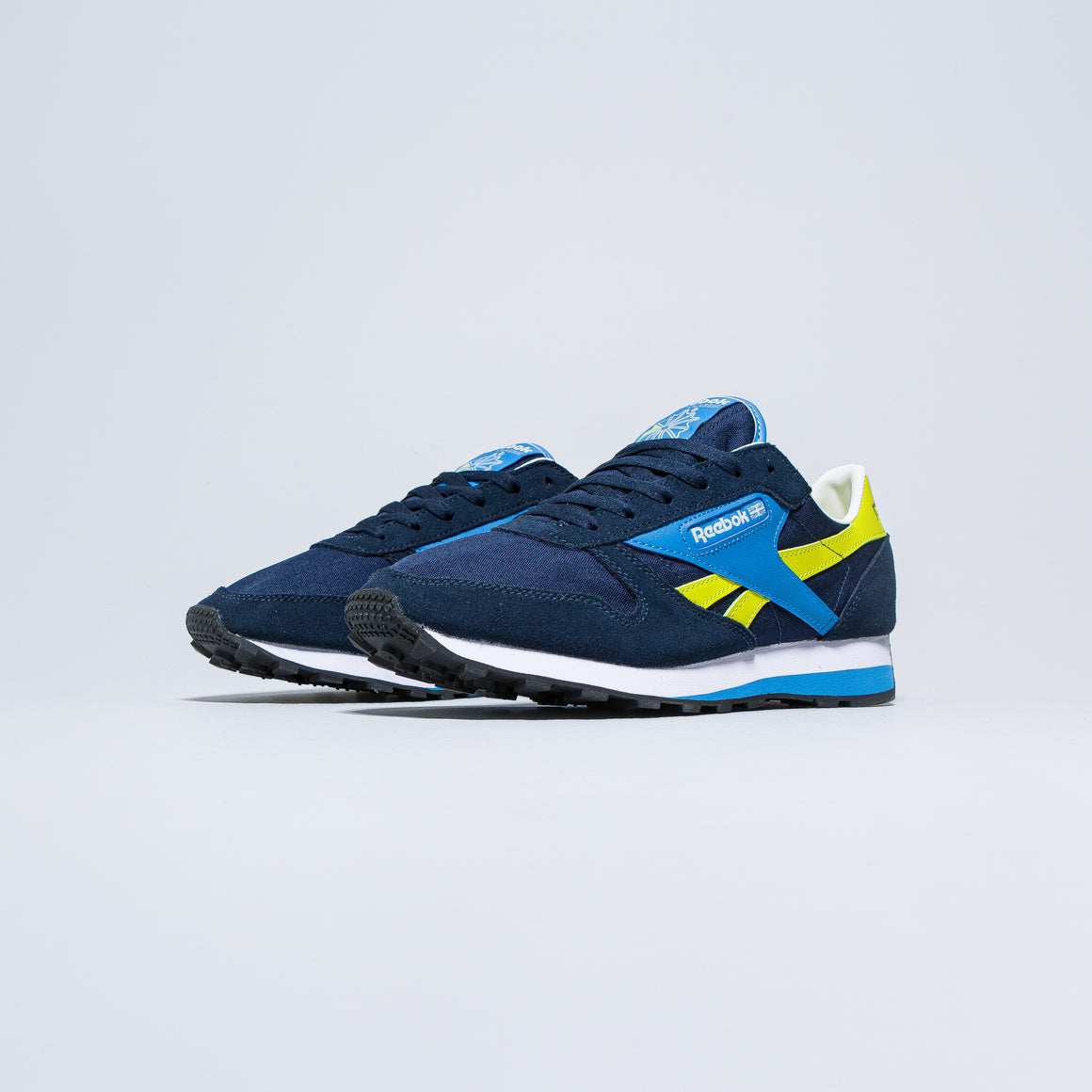 Reebok - CL Leather AZ - Collegiate Navy/Easy Blue - Up There