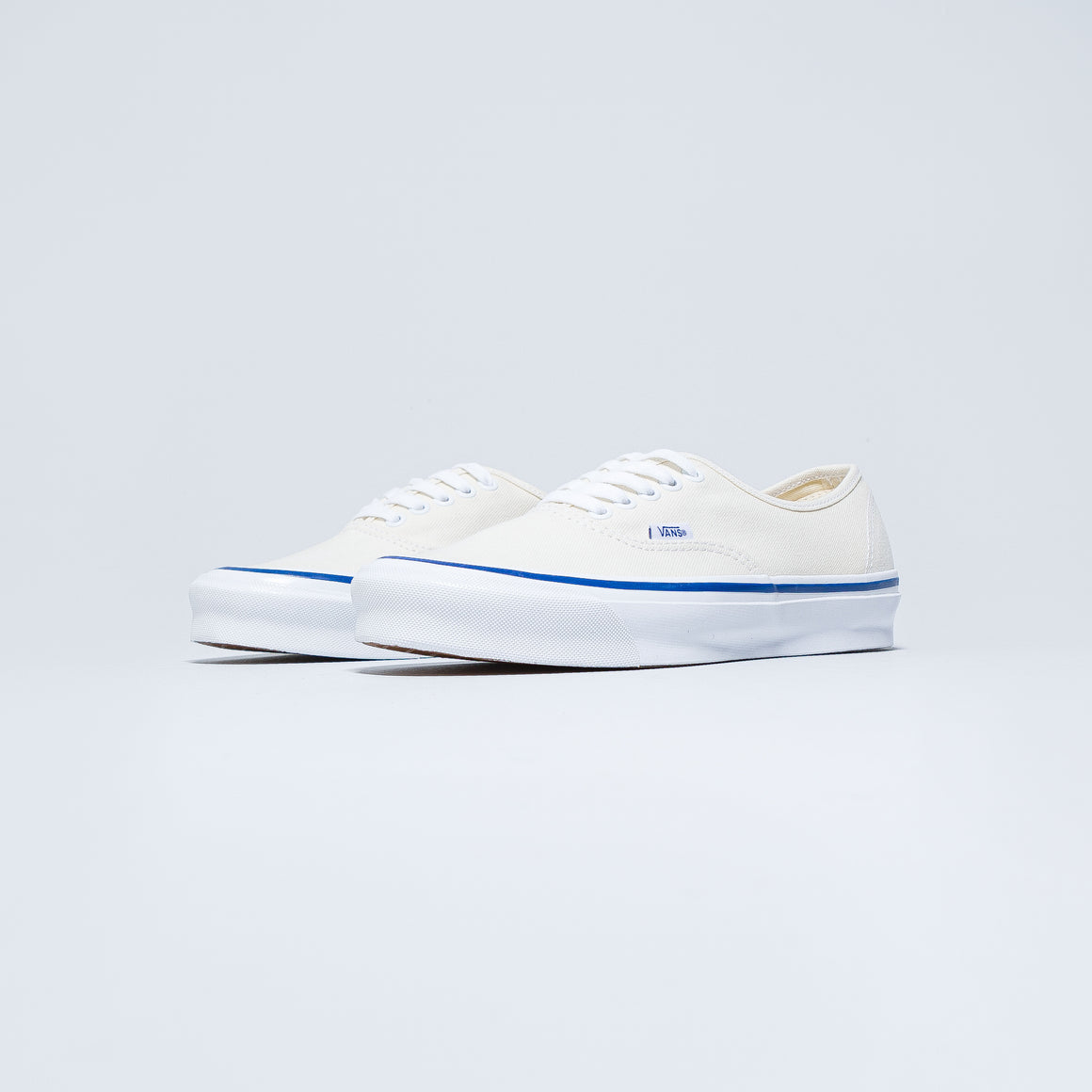 Vans - OG Authentic LX - Classic White - Up There