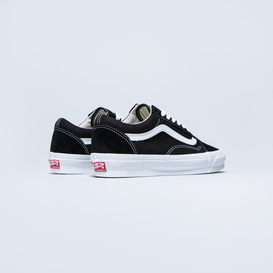 Vans - Vault OG Old Skool LX - Black/True White - Up There
