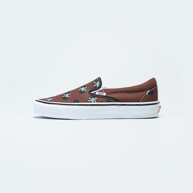 Vans - OG Classic Slip-On x Wacko Maria - Brown/Records - Up There