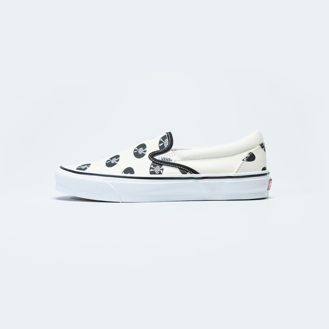 Vans - OG Classic Slip-On x Wacko Maria - Classic White/Records - Up There