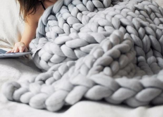 Chunky Knitted Throw - The Home Empire