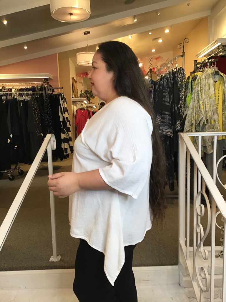 CHINA V-NECK TOP, OH MY GAUZE - ABUNDANCE PLUS SIZE