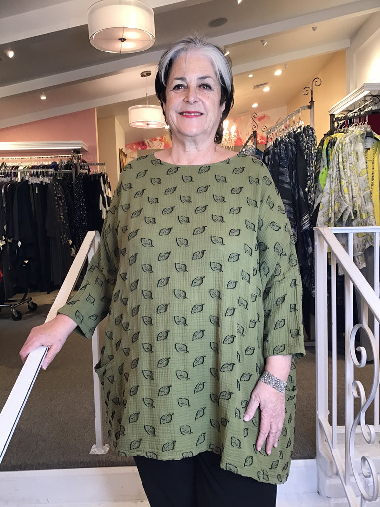 LEAF COTTON JACQUARD - ONE SIZE POCKET TUNIC, CUT LOOSE - ABUNDANCE PLUS SIZE