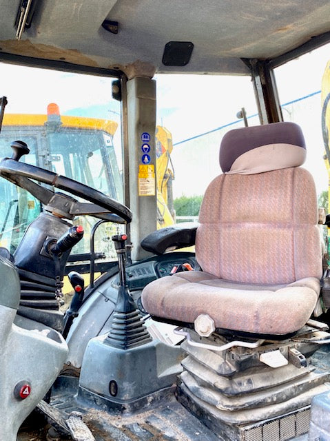 maquinaria usada new holland lb110