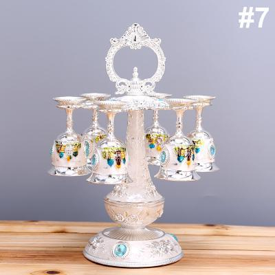 Metal Hanging Wine Rack Crystal , Exquisit Castle Pattern with 6pcs Cup