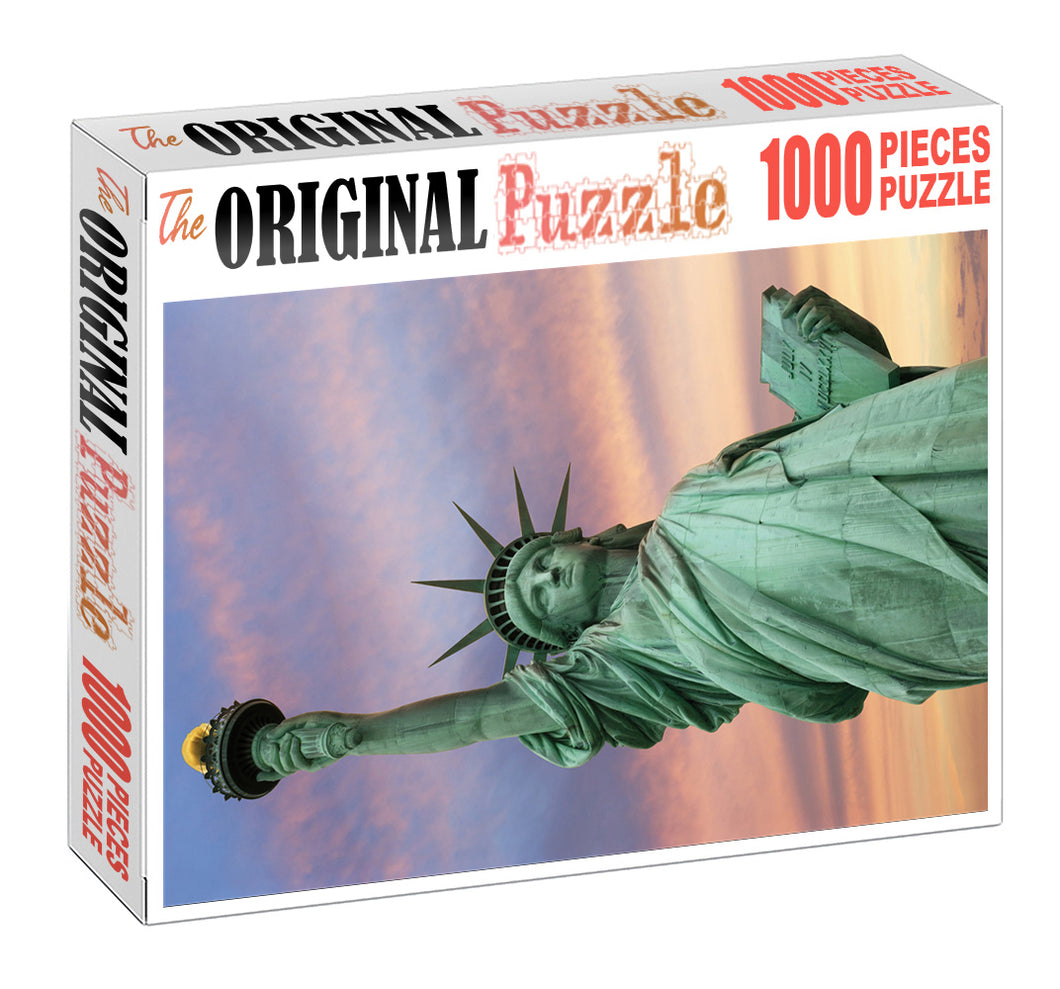 Liberty Statue is Wooden 1000 Piece Jigsaw Puzzle Toy For Adults and Kids
