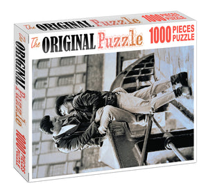 Lovely Couple is Wooden 1000 Piece Jigsaw Puzzle Toy For Adults and Kids