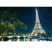Glowing Eiffel Tower at Night Wooden 1000 Piece Jigsaw Puzzle Toy For Adults and Kids