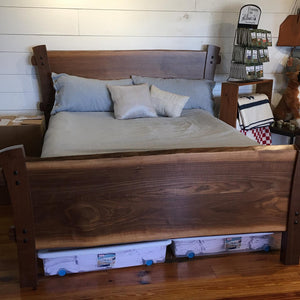 Artisan Black Walnut Queen Size Bed